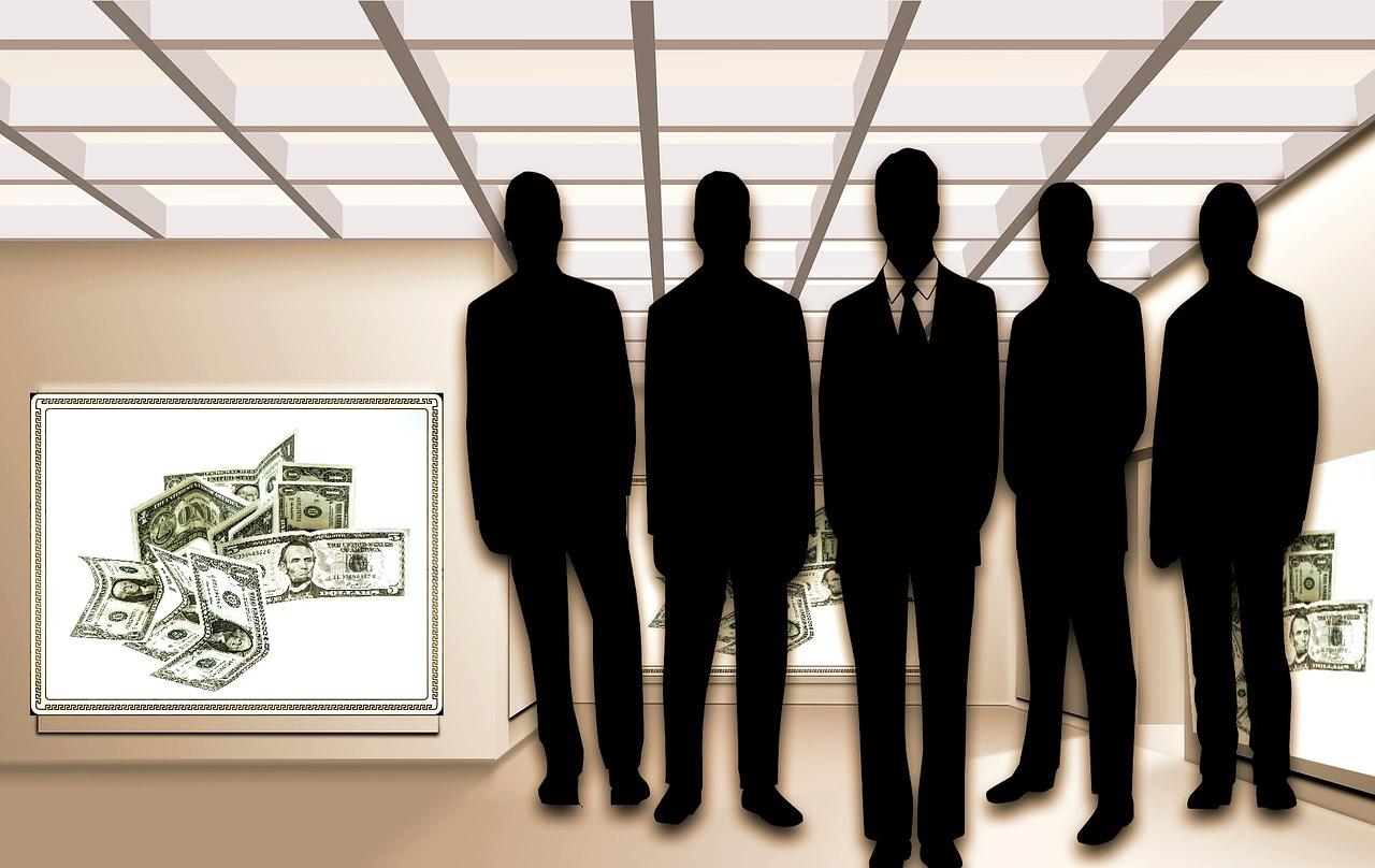 businessmen-1080983_1280