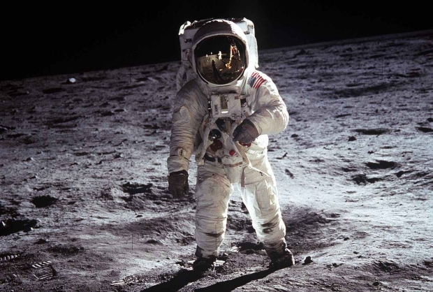 moon-landing-apollo-11-nasa-buzz-aldrin-41162.jpeg