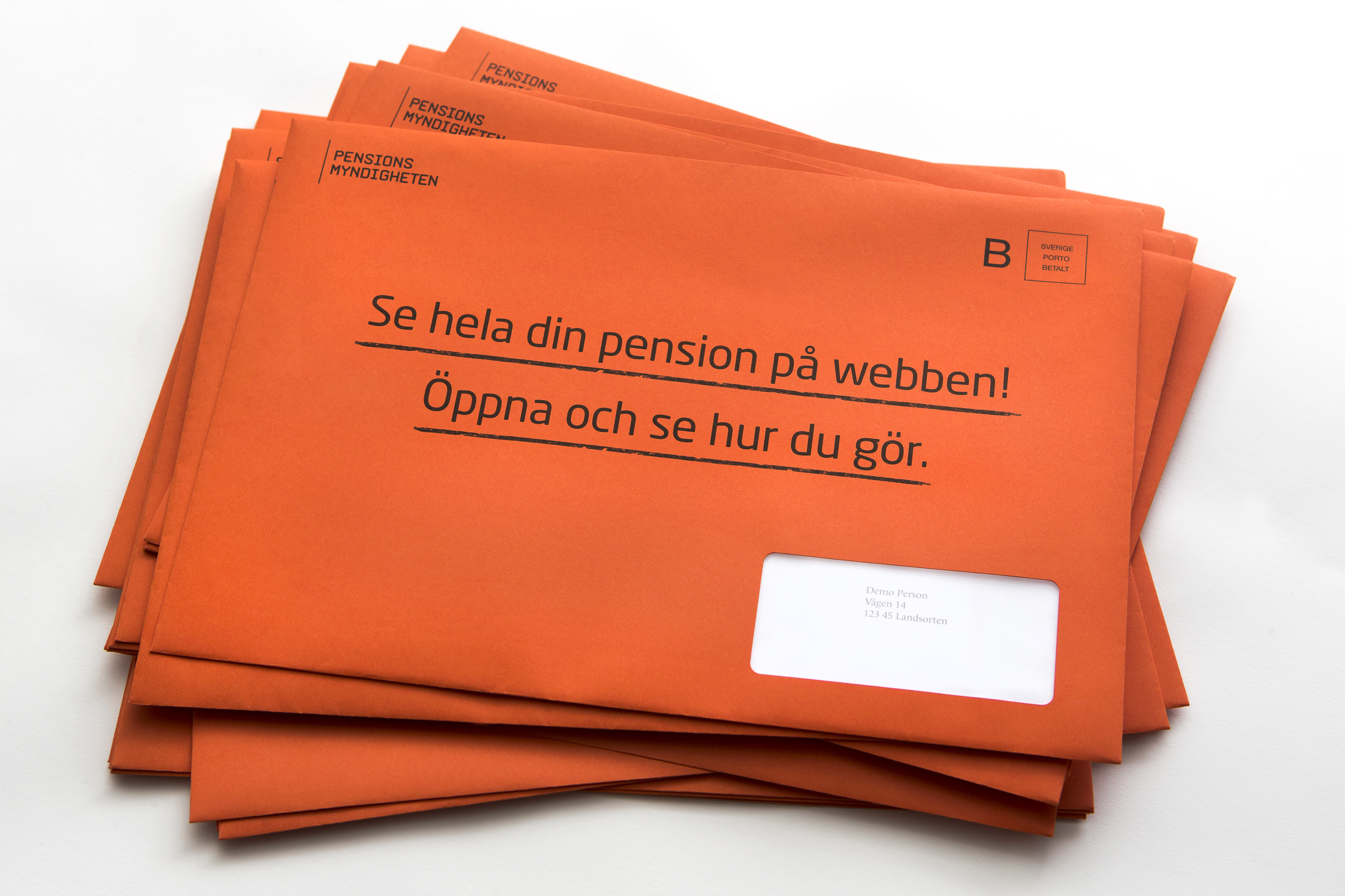 orange-kuvert-i-hog-print.jpg